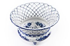 Antikes Porzellan, Porzellanfruchtvase. Stockfoto