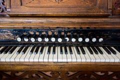Antikes Pumpen-Organ Stockfotos