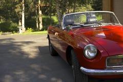 Antikes rotes britisches Sport-Auto Stockfotos