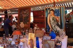 Antikmarkt in Nizza, Frankreich Stockbilder