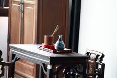 Antikt kontorsmöblemang, forntida skrivbord Royaltyfri Fotografi