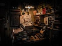 Antikt kontorsskrivbord, Goteborg, Sverige Royaltyfri Foto