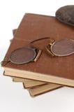 antikt läsa för exponeringsglas Arkivfoton