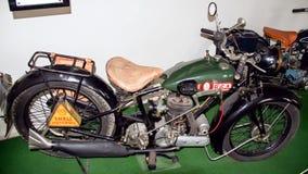 Antikt motorcykelmärke BSA 500 S29, 493 ccm, 1929, motorcykelmuseum Royaltyfria Bilder