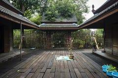 Antikt thailändskt hus Fotografering för Bildbyråer