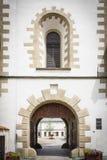 Antikt torn, gatasikt, historisk stad Royaltyfria Foton