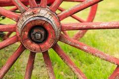 Antikt vagnhjul Royaltyfria Bilder