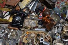 Antikviteten anmärker dammig saker arkivfoton