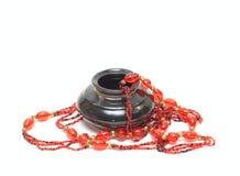 antikviteten beads vasen arkivfoton