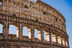 antikviteten berömda Colosseum fördärvar arkivbild