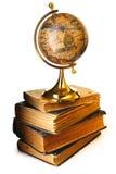 antikviteten books jordklotet royaltyfri fotografi