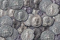 antikviteten coins textur arkivfoton