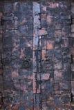 Antikviteten dubblett-sprack ut dörren arkivbild