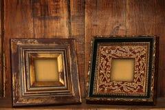 antikviteten inramniner bilden arkivbilder