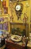 antikviteten shoppar Arkivbilder