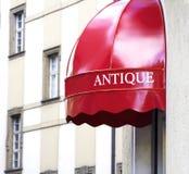antikviteten shoppar arkivfoto