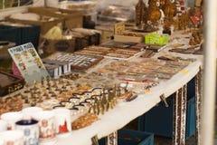 antikviteten shoppar royaltyfria foton