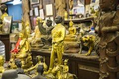 Antikviteten shoppar i Patong Phuket Thailand 15 December 2018 royaltyfria foton