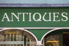 Antikviteter shoppar Arkivbild
