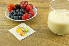 Antioxydants sur la table Images stock