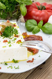 Antipasti (τυρί φέτας) σε ένα μικρό πιάτο Στοκ εικόνα με δικαίωμα ελεύθερης χρήσης