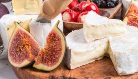 Antipasti del formaggio a pasta molle Fotografie Stock Libere da Diritti