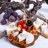 Antipasti del queso suave Imagenes de archivo