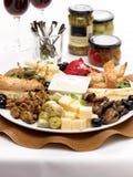 Antipasto με τα ψημένα στη σχάρα λαχανικά και το aioli στοκ εικόνα