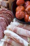 Antipasto; carnes y pimientas rellenas Foto de archivo