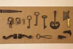 Antiquairijzerwaren van de vroege 20ste eeuw Stock Foto's