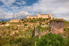 Antique acqueduct and castle in Sploleto, Italy Stock Images