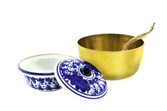 Antique brazen rice bowl and ceramic bowl isolated. On white background and clipping path Royalty Free Stock Photos