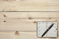 Antique fountain pen and old calendar Royalty Free Stock Image