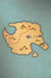 Antique-looking treasure map of an island Royalty Free Stock Images