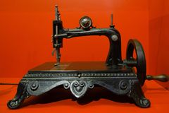 Antique sewing machine hand crank. Antique/vintage black sewing machine - hand cranked Royalty Free Stock Image