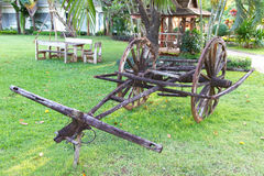 Antique wagon green grass Royalty Free Stock Photography