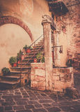 Antique well in Tuscany Royalty Free Stock Photography