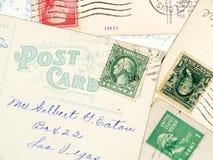 Antiquiteit gebruikte prentbriefkaaren Royalty-vrije Stock Foto's