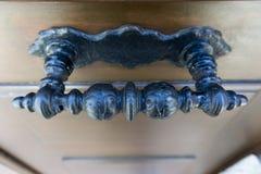 Antiquiteit gesneden staalhandvat stock afbeeldingen