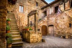 Antiquiteit goed in Toscanië stock afbeelding