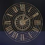 Antiquiteit, Steampunk-horloges met roesttoestellen op bruine, roestige achtergrond royalty-vrije illustratie