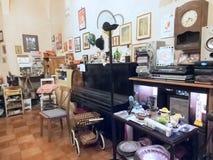 Antiquiteitenwinkel Royalty-vrije Stock Afbeeldingen
