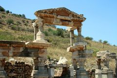 Antiquity greek city- Ephesus. Columns and blue sky Royalty Free Stock Photography