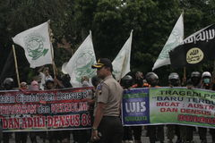 Antiterror der Ausschussprotest-Polizei-Trennungs-88 in Chester Indonesia Lizenzfreies Stockfoto