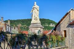 Antoine Perrenot de Granvelle Statue i Ornans royaltyfri foto