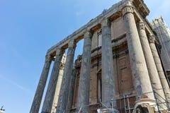 Antoninus och Faustina Temple på Roman Forum i stad av Rome royaltyfria foton