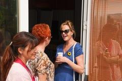 Antonio Banderas en Melanie Griffith tijdens een liefdadigheidsbezoek Royalty-vrije Stock Foto's