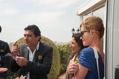 Antonio Banderas och Melanie Griffith under ett välgörenhetbesök Arkivbilder