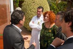 Antonio Banderas y Melanie Griffith durante una visita de la caridad Fotos de archivo
