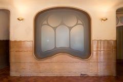 Antonio Gaudi domu Casa Batllo wnętrza szczegóły - okno Zdjęcie Stock